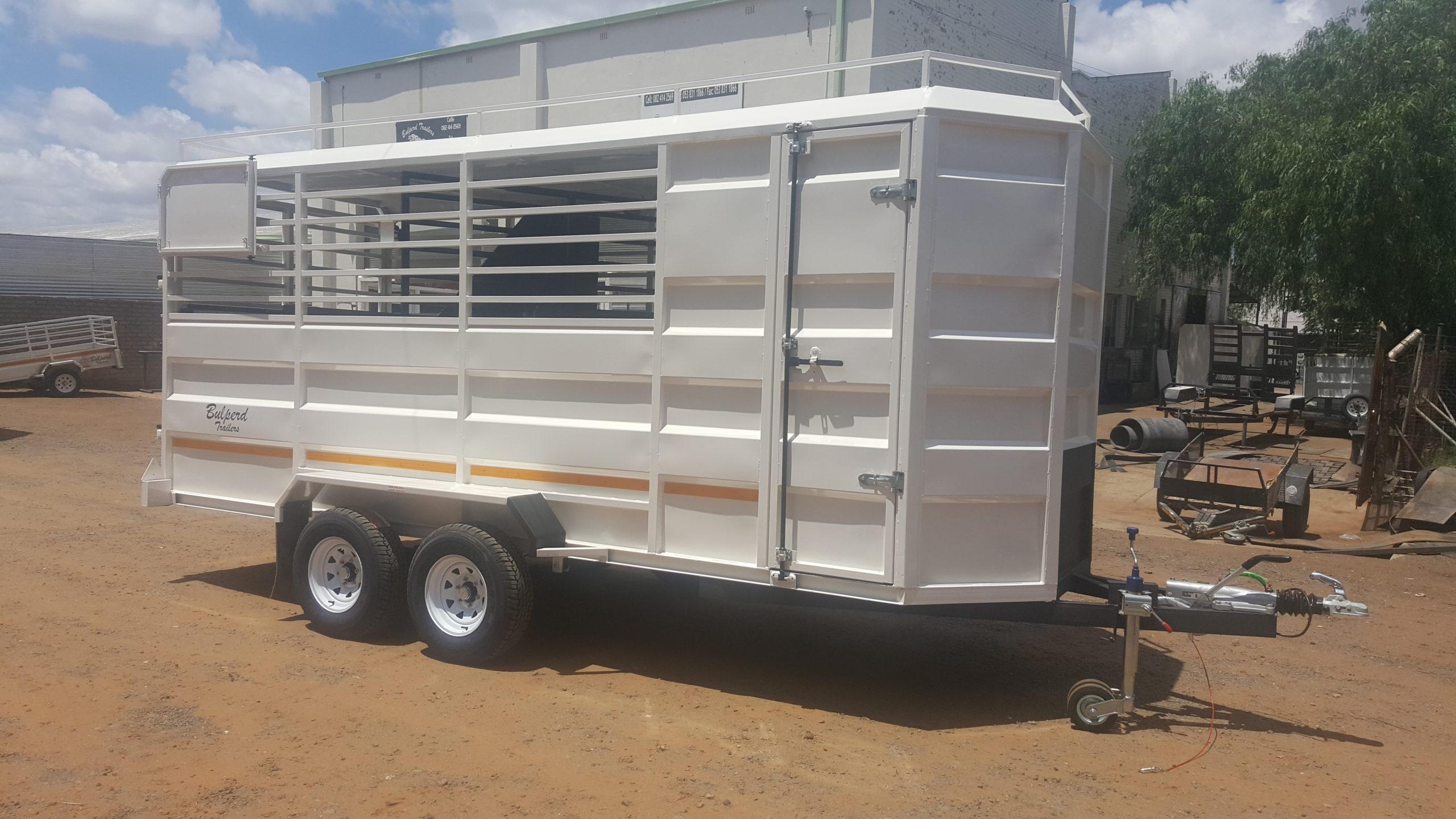 4 Berth Horsebox